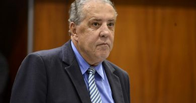 """Ex-prefeito """"Tião Caroço"""" está condenado a devolver dinheiro para Formosa em duas sentenças da JF"""